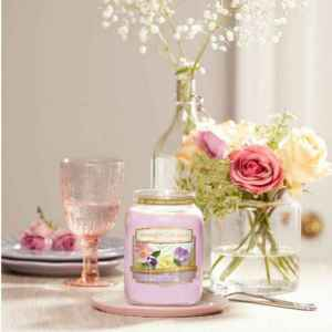 yankee-candle-floral-candy-candlelove